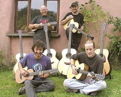 Hanks Job Lot of Guitars News Archives 2005-2003