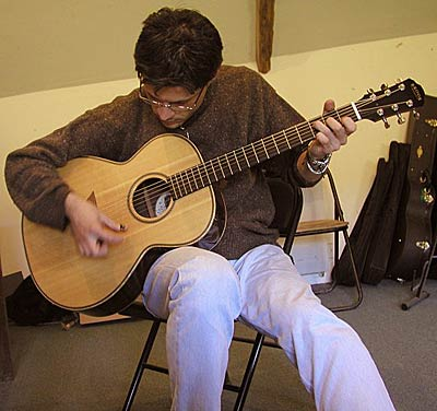 Paolo Lubrano in the shop News Archives 2005-2003