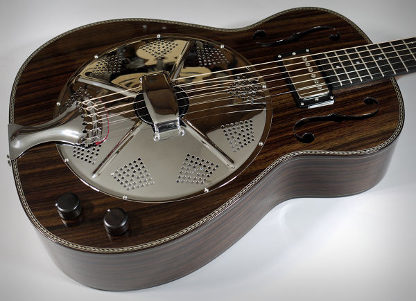 Brook Guitars Reso Close Up News Archive 2016-2015