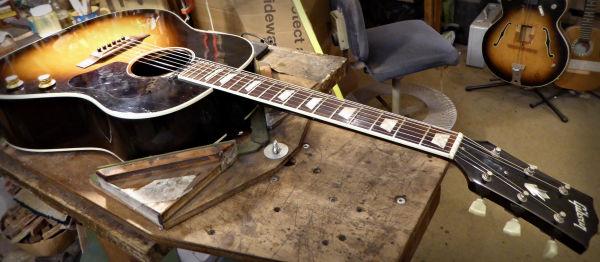 Gibson 160E News Archive 2016-2015