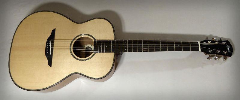 Brook Guitars Cherry OM
