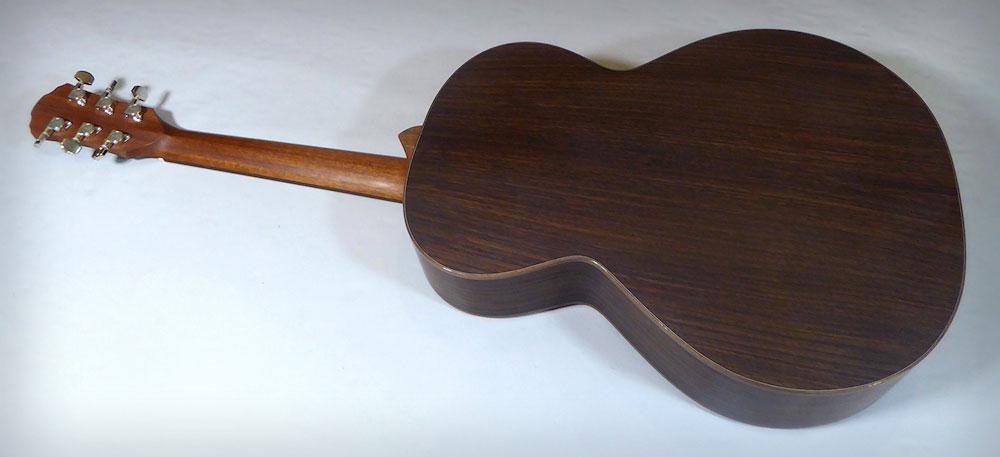 Brook Guitars Fretless Taw 3
