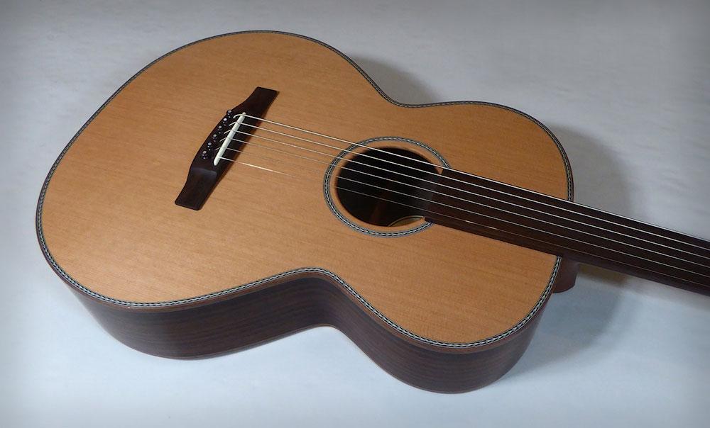 Brook Guitars Fretless Taw 2