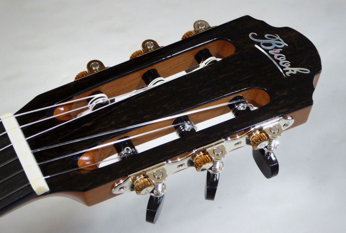 Nylon Brook Taw Headstock